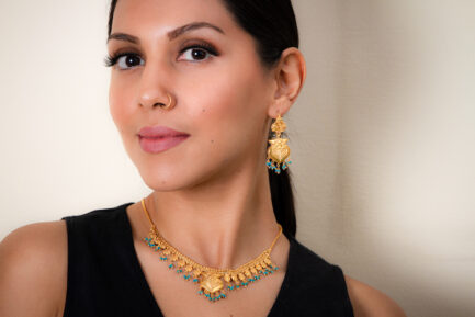 Yasmeen Single Layer Necklace With Turquoise Beads