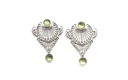 Filigree Peridot Posts