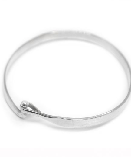 Flat Bangle with Hooked Clasp