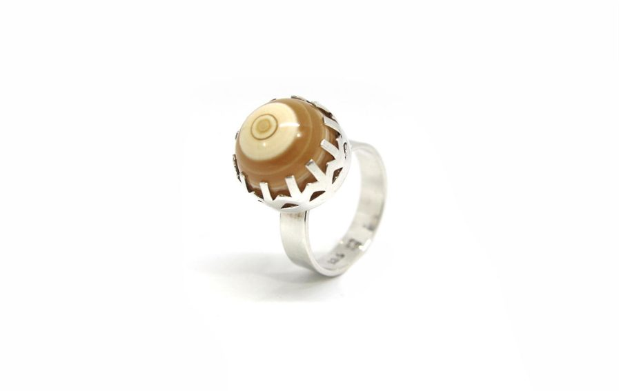 Round Agate with Border
