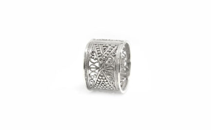 Filigree Box Band