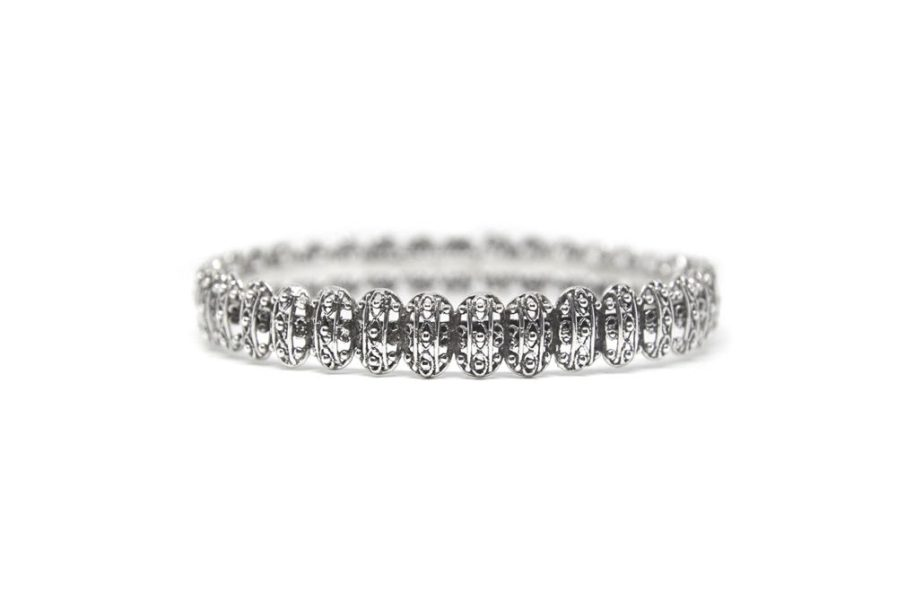 Oval Filigree Discs Bangle