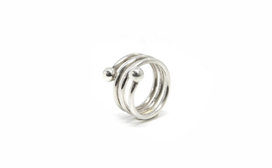 Coil Ring With Two Granules