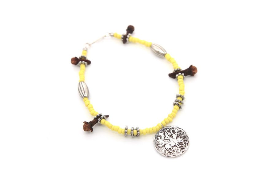 Single String Coin Bracelet With Yellow Beads