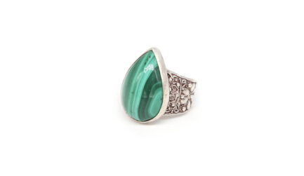 Teardrop Malachite With Filigree Band