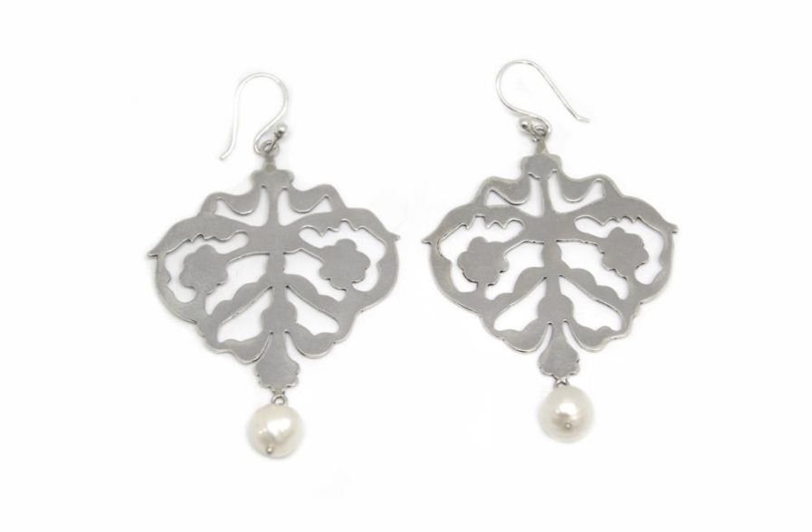 Silver Cutout And Pearl Danglers