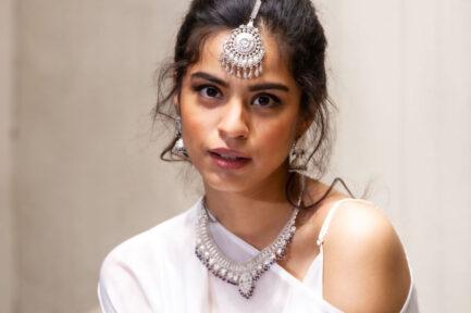 Yasmeen Silver Tikka